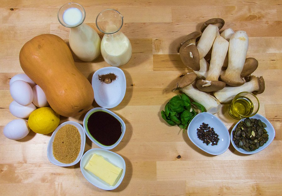 Zutanen für unsere Kürbis-Creme-Brûlée mit Kräutersaitlingen und Kürbiskern-Pesto